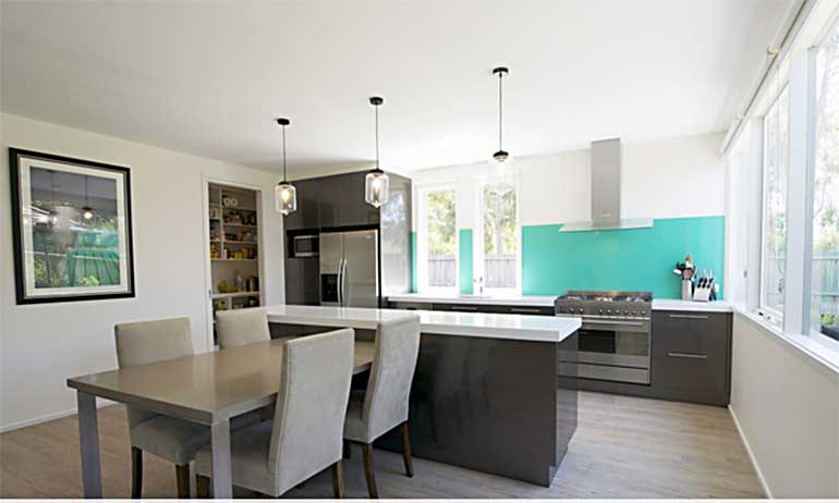 The Aqua Splashback Adds Vibrancy To The White And Grey Palette In This  Sophisticated Modern Kitchen In Macleod.