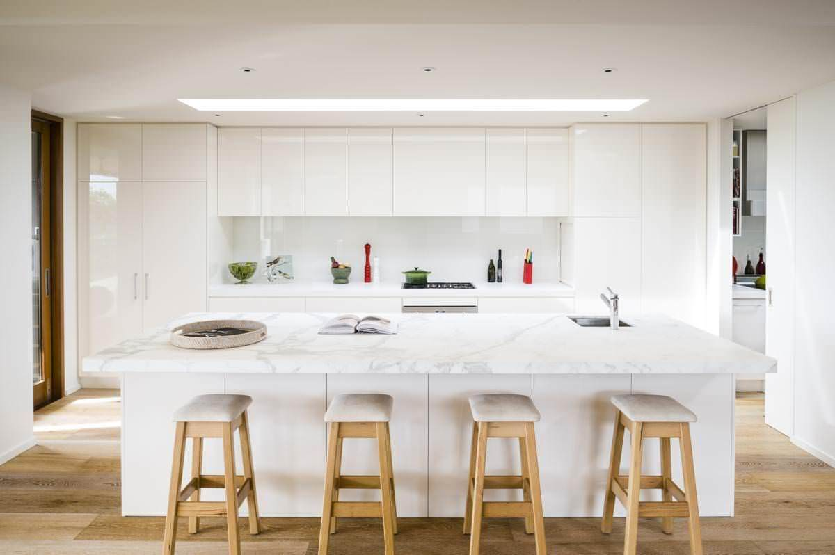 Modern white kitchen in Sorrento