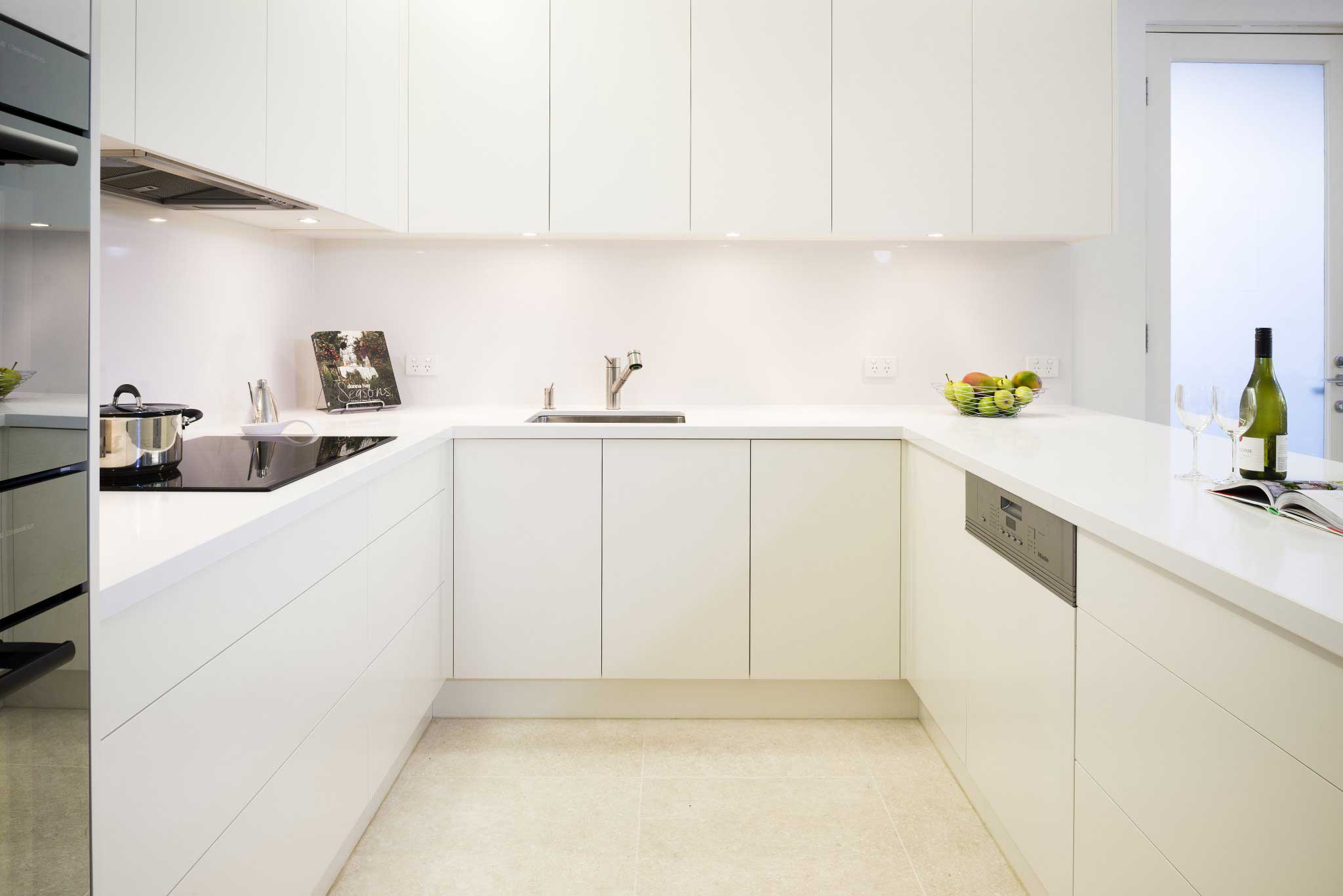 white kitchen cabinets no handles handleless kitchens rosemount kitchens 28859