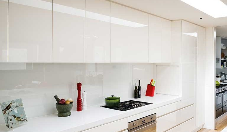 Kitchen Cupboards Handleless