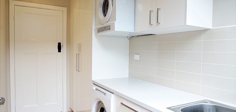 Laminate benchtop in a laundry