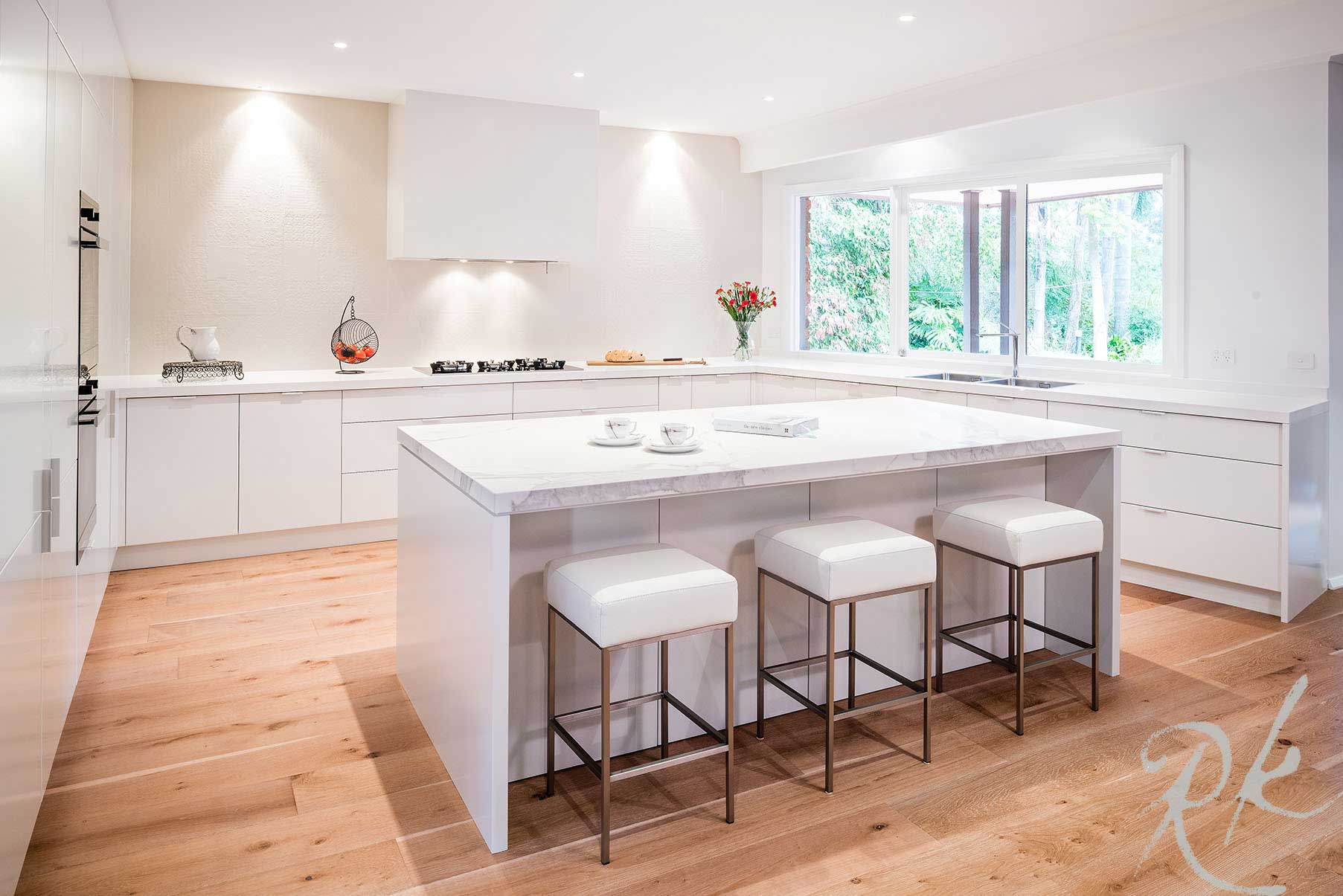 Modern White Kitchen Renovation Warrandyte