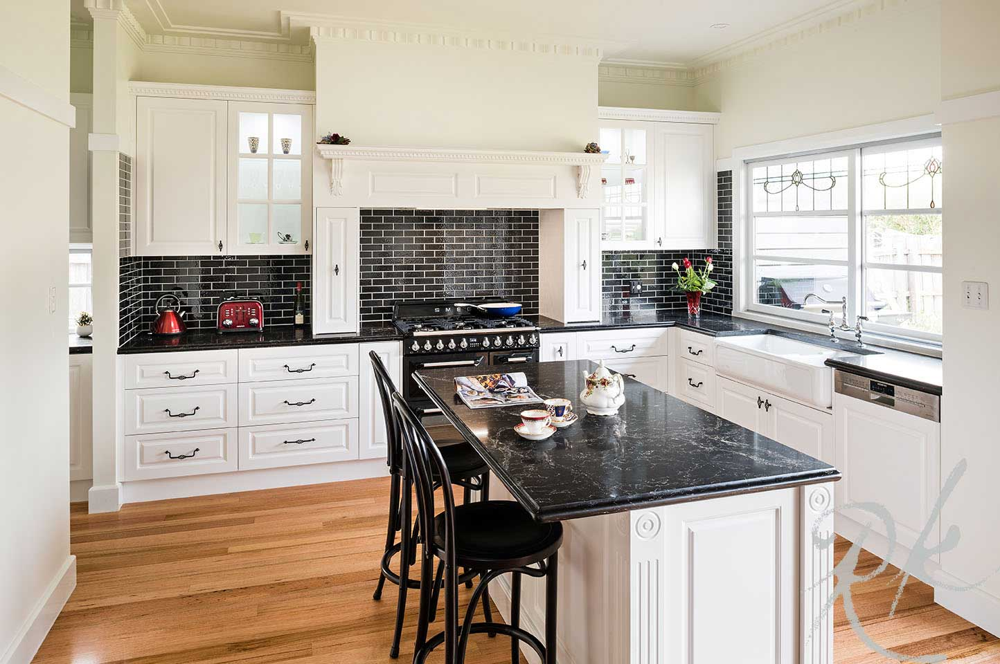 Coburg kitchen gallery rosemount kitchens for French provincial kitchen designs melbourne